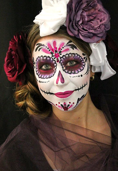 Sugar skull make-up. Copyright: Riina Laine